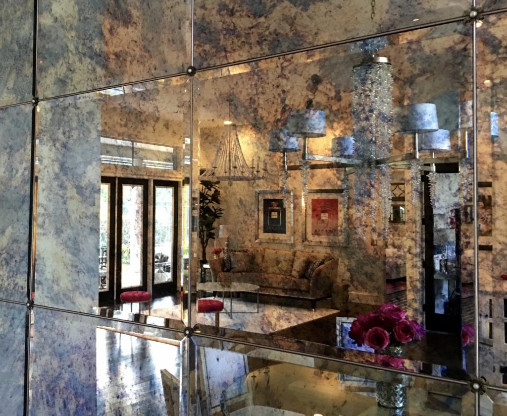 antique mirror bear glass - HD1024×839